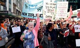 Hơn 50% trường công lập ở New Zealand đóng cửa do giáo viên đình công