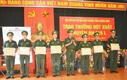 Khen thưởng Ban chuyên án triệt phá đường dây vận chuyển 100.000 viên ma tuý tổng hợp