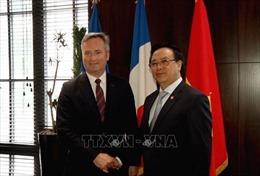 Đoàn đại biểu Đảng Cộng sản Việt Nam thăm và làm việc tại Pháp