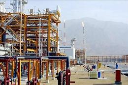 Phương thức bán dầu 'phi truyền thống' giúp Iran hạn chế đòn trừng phạt của Mỹ