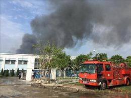 Vụ cháy tại Công ty may mặc Makalot Việt Nam làm sập toàn bộ 2 nhà xưởng
