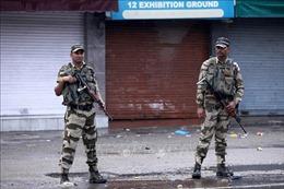 Ấn Độ tách bang Jammu và Kashmir thành 2 vùng lãnh thổ liên bang