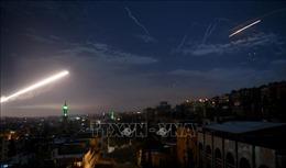 Israel tấn công tên lửa vào khu vực thủ đô Syria