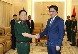 Đại tướng Ngô Xuân Lịch tiếp Đại sứ đặc mệnh toàn quyền Vương quốc Campuchia tại Việt Nam
