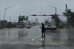 Bão Dorian mạnh lên cấp 3 hướng vào Mỹ, trên 76.000 người tại Bahamas cần được cứu trợ khẩn cấp