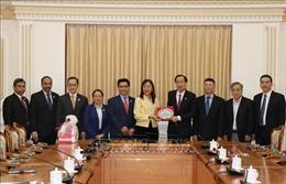 Lãnh đạo TP Hồ Chí Minh tiếp Bộ trưởng Công nghiệp trọng điểm Malaysia