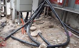 Đắk Nông hỗ trợ gia đình 2 nữ sinh tử vong do va phải sợi dây cáp nhiễm điện