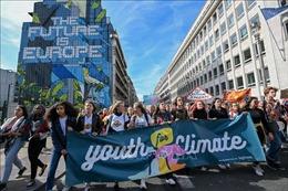 Hàng triệu người tuần hành hưởng ứng phong trào 'Thứ Sáu vì Tương lai'