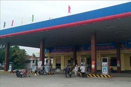 Vụ xăng đổi màu lắng cặn tại Quảng Bình: Các chỉ số nằm trong giới hạn cho phép