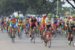 Cuộc đua xe đạp Nam Kỳ Khởi nghĩaqua thủ đô Campuchia