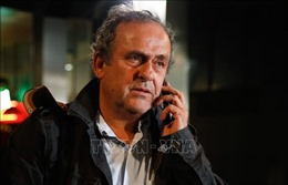 Cựu Chủ tịch UEFA M. Platini khởi kiện đòi bồi thườngtiền lương trả muộn