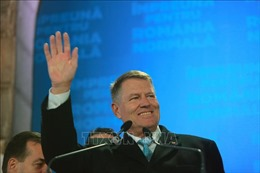 Tổng thống Romania Klaus Iohannis tái đắc cử