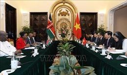 Phó Thủ tướng Phạm Bình Minh hội đàm với Bộ trưởng Ngoại giao Cộng hòa Kenya