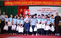 'Thắp sáng yêu thương'cho người khuyết tật tại Bình Định