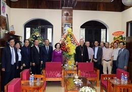 Trưởng ban Dân vận Trung ương Trương Thị Mai chúc mừng người dân có đạo tại Đà Nẵng