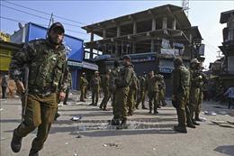 Đấu súng giữa binh sỹ Ấn Độ và Pakistan dọc ranh giới ở Kashmir
