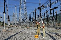Lưới điện 500 kV Bắc - Nam tiếp tục phải truyền tải cao