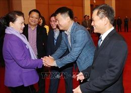 Chủ tịch Quốc hội chúc Tết lãnh đạo Quốc hội, người lao động Văn phòng Quốc hội