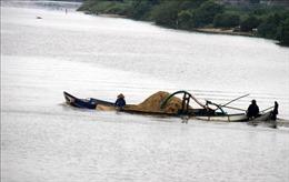 'Sa tặc' lại lộng hành trên sông Trà Khúc