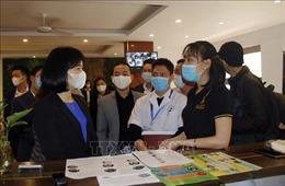 Quận Nam Từ Liêm (Hà Nội) tuyên truyền phòng dịch COVID-19 bằng 5 ngôn ngữ