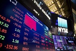 Thị trường chứng khoán Âu - Mỹ giảm điểm mạnh nhất trong hàng chục năm