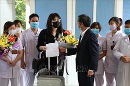 Bệnh nhân số 211 mắc COVID-19 được xuất viện tại Ninh Bình