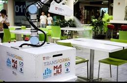 Singapore thử nghiệm robot khử trùng