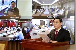 Ban Chấp hành Đảng bộ thành phố Hà Nội thảo luận về phát triển kinh tế - xã hội
