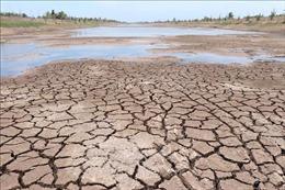 Hồ trữ nước ngọt lớn nhất miền Tây trơ đáy