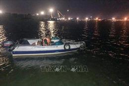 Bộ đội Biên phòng TP Hồ Chí Minh cứu sống 2 người dân bị chìm thuyền trên sông