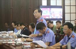 Xét xử giám đốc thẩm vụ án Hồ Duy Hải: Điều tra viên lý giải liên quan vật chứng hung khí cái thớt