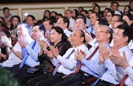 Lãnh đạo Đảng, Nhà nước dự Chương trình nghệ thuật đặc biệt 'Dâng Người tiếng hát mùa Xuân'