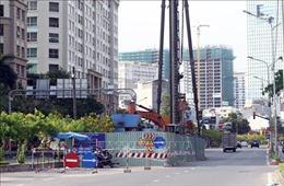 TP Hồ Chí Minh thi công 'cuốn chiếu'dự án đường Nguyễn Hữu Cảnh để giảm ngập