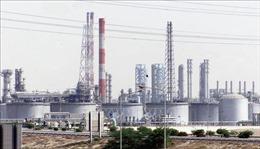 OPEC+ nhất trí về gia hạn thỏa thuận cắt giảm sản lượng dầu