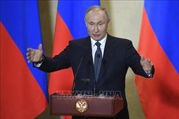 Tổng thống V.Putin ký ban hành luật cho phép ông tái tranh cử thêm 2 nhiệm kỳ