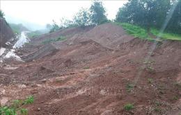 Sạt lở đất đá tại Quốc lộ 32 chia cắt Lai Châu với hai tỉnh Yên Bái, Sơn La