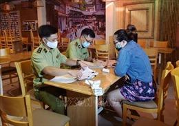 Đà Nẵng kiểm tra cửa hàng ăn uống hoạt động bất chấp quy định đóng cửa