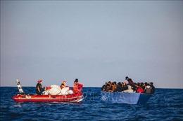 Giải cứu trên 200 người di cư bất hợp pháp ngoài khơi bờ biển Libya