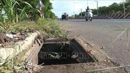 Hàng trăm nắp hố ga trên đường giao thông tại Bình Phước'không cánh mà bay'
