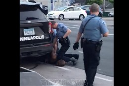 Công đoàn cảnh sát New York kiện luật mới cấm cảnh sát chẹt cổ nghi phạm