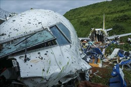 Điện chia buồn về tai nạn máy bay ở Ấn Độ