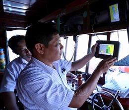 Khắc phục 'thẻ vàng'IUU: Bình Định lắp đặt xong thiết bị giám sát hành trình tàu cá