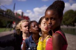 Netflixbị chỉ trích vì dục tính hóa hình ảnh trẻ em trong poster phim