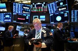 Tâm lý lạc quan tiếp sức cho đà tăng của thị trường chứng khoán Mỹ