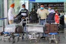 Ấn Độ cảnh báo cấm bay đối với hành khách không đeo khẩu trang