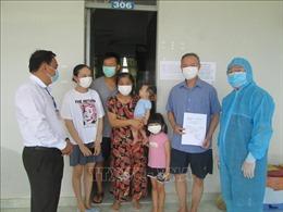 Dịch COVID-19: 170 công dân Việt Nam trở về từ Pháp hoàn thành cách ly tập trung