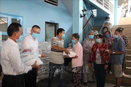 Hỗ trợ khẩn cấp cho người gốc Việt tại Campuchia gặp khó khăn do dịch COVID-19
