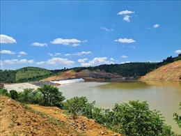 Tập trung thi công nước rútcông trình hồ chứa nước Nam Xuân