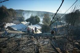 Sáu người di cư Afghanistan bị truy tố vì cố tình gây cháy trại tị nạn Moria, Hy Lạp