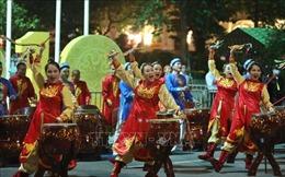 Tưng bừng phố đi bộ chào mừng kỷ niệm 1010 năm Thăng Long - Hà Nội